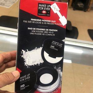 Makeup forever finishing powder due